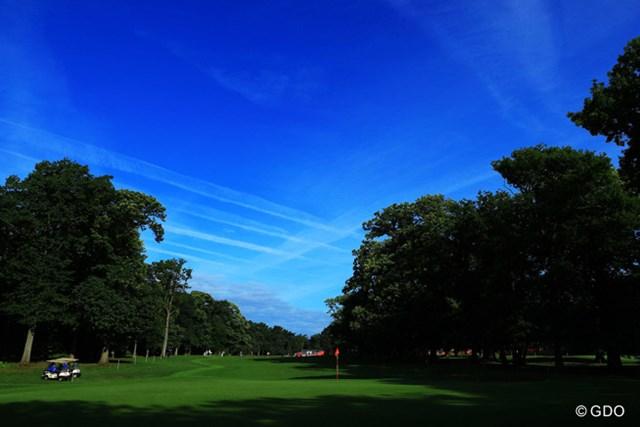 今年の全英女子オープンは、リンクスではなくロンドン郊外の林間コースです。