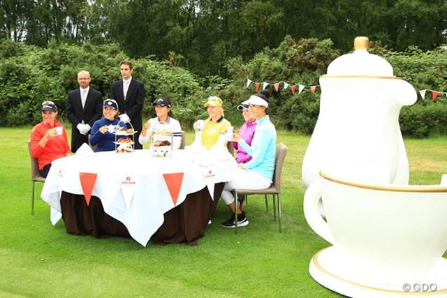 さすがはイングランド!お紅茶でお茶会です。