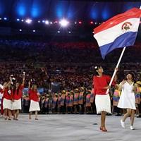 パラグアイの旗手として開会式に参加したフリエタ・グラナダ(Cameron Spencer/Getty Images) 2016年 リオデジャネイロ五輪 事前 フリエタ・グラナダ
