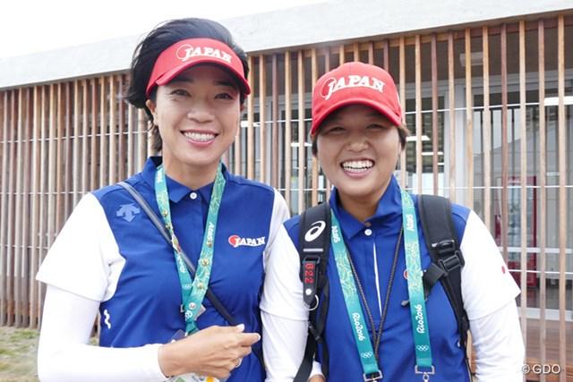 メダル獲得を目指すチームジャパンの大山志保と野村敏京