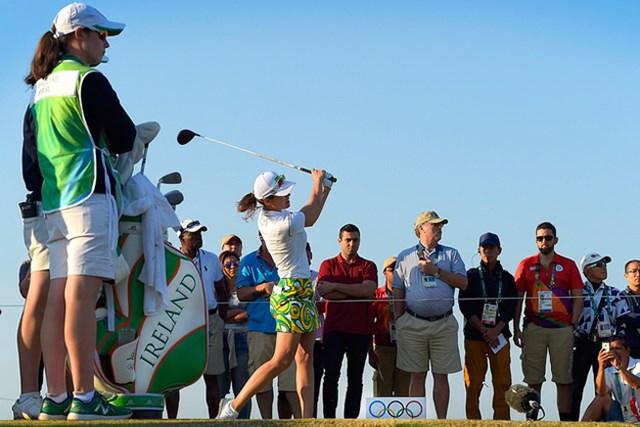 女子ゴルフが開幕! ブラジル出身で第1組のミリアム・ナグルが先陣を切ってスタートした ※画像提供:IGF