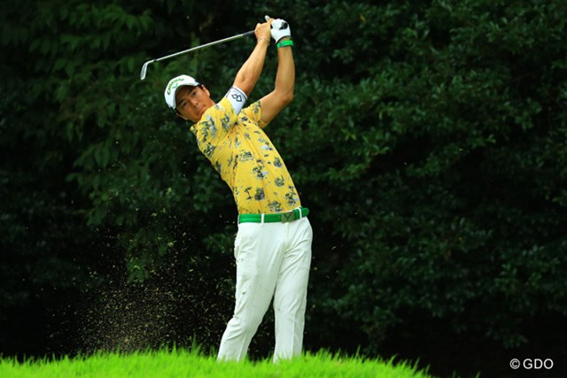 2016年 RIZAP KBCオーガスタゴルフトーナメント 2日目 石川遼 石川遼が1打差の首位に抜け出した