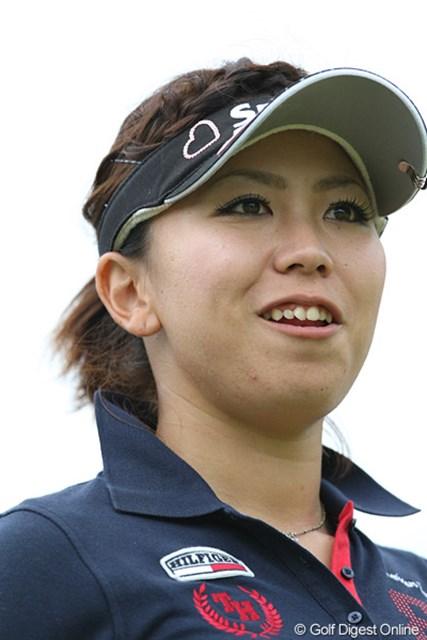 新人の吉田弓美子ちゃんです。