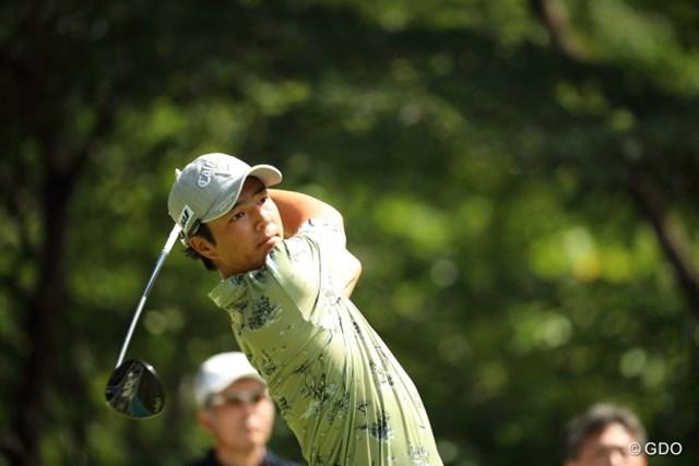 首位と3打差の3位で週末に突入する石川遼