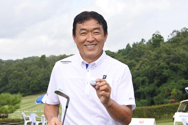羽川豊はホールインワンで首位のマークセンを追う(※大会提供)