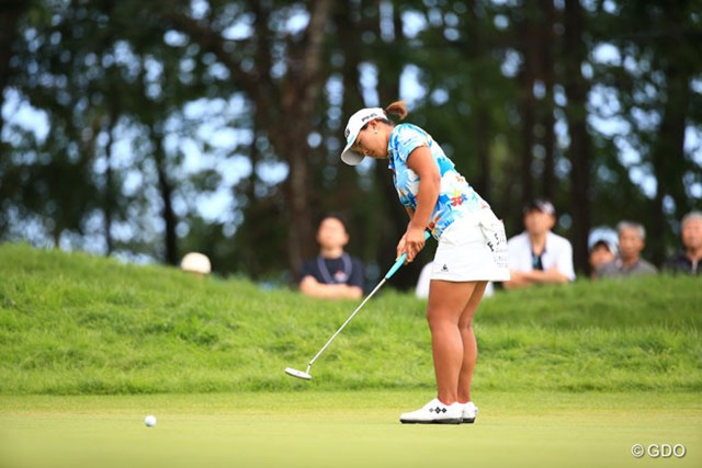 2016年 日本女子プロゴルフ選手権大会コニカミノルタ杯 最終日 鈴木愛 得意のパッティングが勝負を決めた。鈴木愛は新パターを武器に戦った