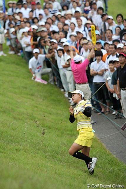 2009年 ヨネックスレディスゴルフトーナメント最終日 横峯さくら 1H、ナイスリカバリーのさくらちゃん