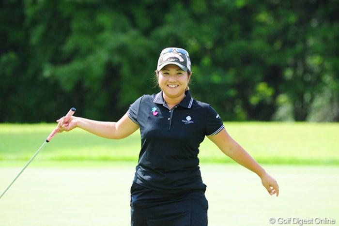 ゴルフは楽しむことが肝心。笑顔のプレーヤーを見るのは良いですね。 土肥功留美