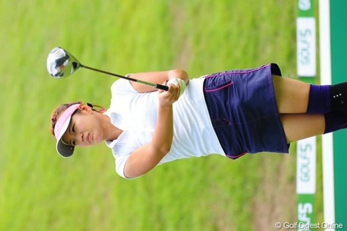 デビュー当時から注目したましたです。かわゆかったんです。無論今もGOODですよ。 2009年 ゴルフ5レディースプロゴルフトーナメント初日 坂之下侑子