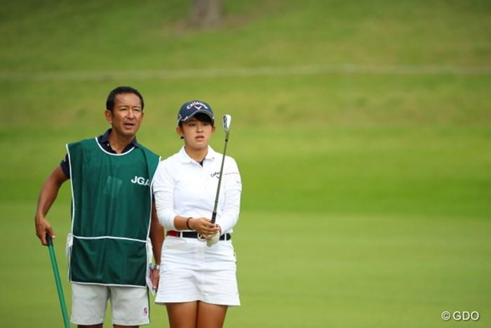 お父さんも鼻が高いよなぁ。こんな娘がいたら。 2016年 日本女子オープンゴルフ選手権競技 3日目 長野未祈