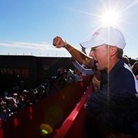 米国選抜が8年ぶりの優勝。チーム全員で勝利の美酒に酔いしれた(Streeter Lecka/Getty Images) 2016年 ライダーカップ 最終日 ジョーダン・スピース
