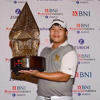 ツアー初優勝を飾った23歳のプーム・サクサンシン ※画像提供:アジアンツアー 2016年 BNIインドネシアマスターズ 最終日 プーム・サクサンシン