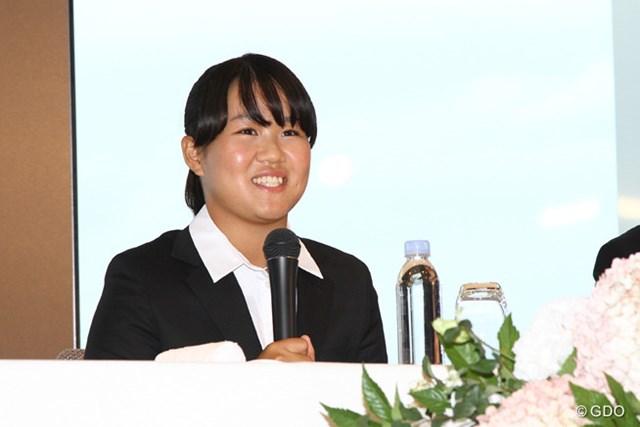 17歳の畑岡奈紗がプロ転向を宣言した