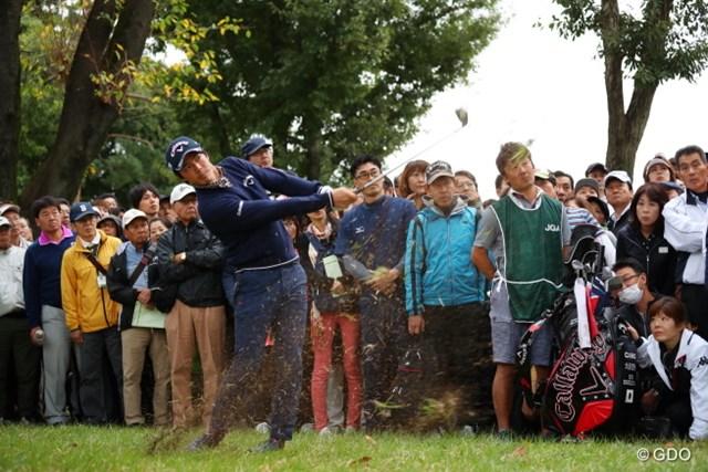 スタートホールの1番から、石川遼はドラマチックなパーセーブを見せ、大ギャラリーを沸かせた