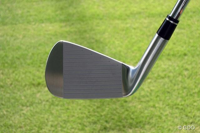 本間ゴルフ TW737 Vs アイアン フェース画像