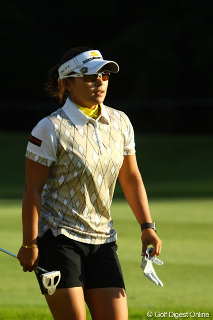 2009年 日本女子プロゴルフ選手権コニカミノルタ杯 2日目 馬場ゆかり 上がり4ホールで3ボギーは痛いが、「アンダーで回れているので」と前向きさを失わない馬場ゆかり