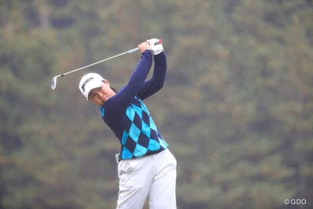 プロでデビュー戦の畑岡奈紗は14ホールを終えて暫定11位とした