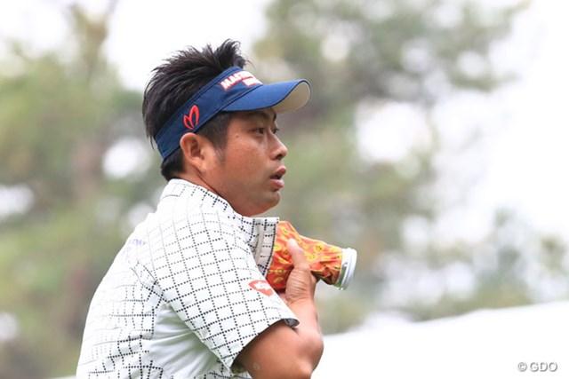 2016年 ダンロップフェニックストーナメント 2日目 池田勇太 左腕の痛みをこらえて1位タイ。やってくれるね~