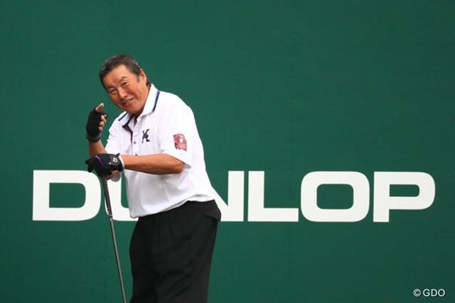2016年 ダンロップフェニックストーナメント 2日目 尾崎将司 スタート前は元気だったんだけど…