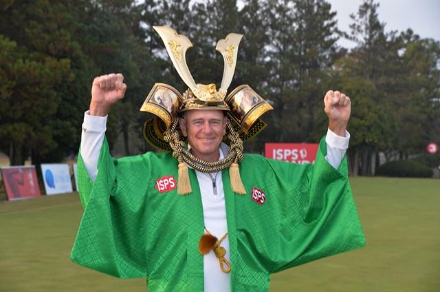 日本シニアツアー初優勝を飾ったP.ファウラー ※大会提供