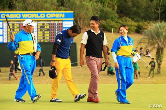 2016年 カシオワールドオープンゴルフトーナメント 3日目 池田勇太 正岡竜二 池田先輩と正岡後輩の図、その2。