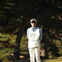 棒立ちの堀尾研仁。仕事仕事! 2016年 ゴルフ日本シリーズJTカップ 2日目 堀尾研仁