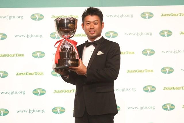 2016年 ジャパンゴルフツアー表彰式  池田勇太 7冠達成の池田勇太