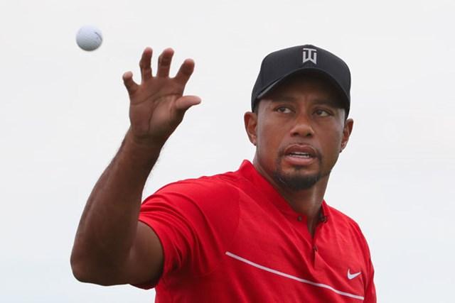 12月に戦線復帰したタイガー・ウッズはブリヂストンゴルフ製のボールを使用した(Christian Petersen/Getty Images)