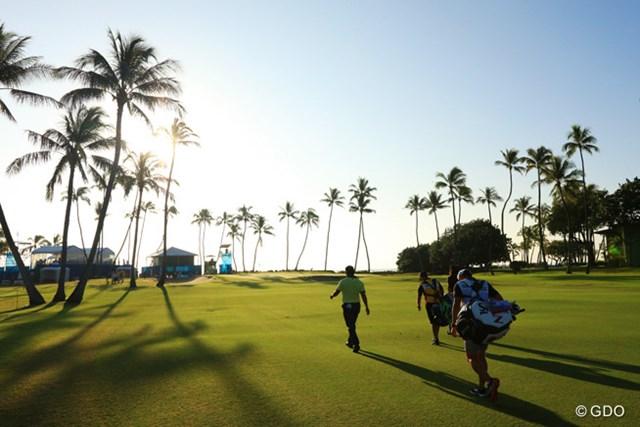 今日は日の出とともにスタート。PGAツアーの朝は早い。