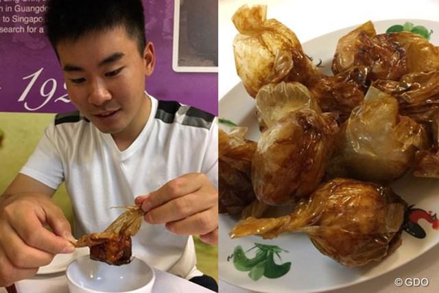 2017年 SMBCシンガポールオープン 事前 川村昌弘 シンガポールでは「ペーパーチキン」を食べるのが楽しみ。5、6個はイケますよ