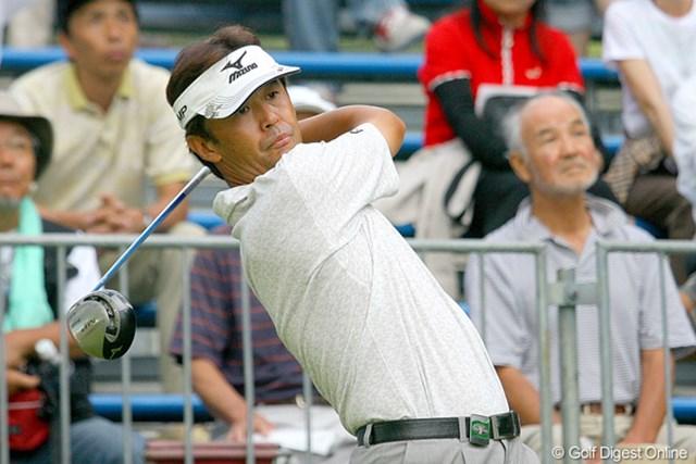 この日「64」をマーク。予選落ちの危機から優勝争いに名乗りを挙げた鈴木亨