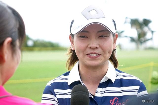 小宮満莉花は笑顔で初の優勝インタビューに応じた