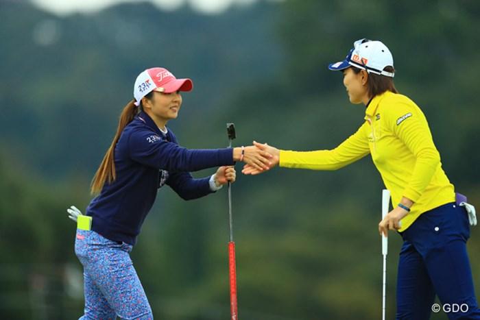 明日はこの2人の優勝争いになるのでしょうか… 2017年 Tポイントレディス ゴルフトーナメント 2日目 菊地絵理香 服部真夕