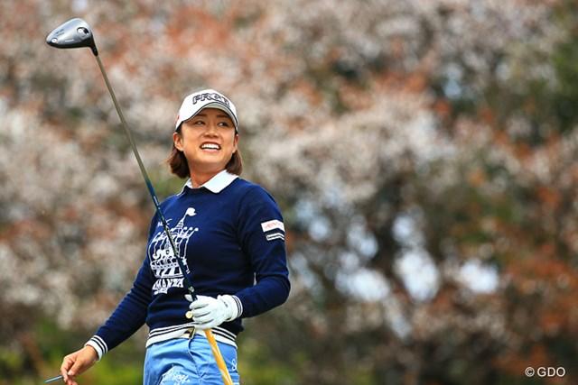 2017年 アクサレディスゴルフトーナメント in MIYAZAKI 初日 原江里菜 前のホールバーディを取っていい笑顔ですね