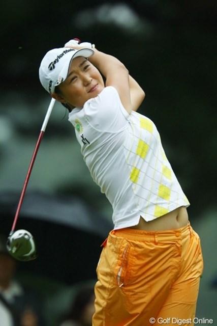 2009年 日本女子オープン 2日目 宋ボベ 3打差の2位タイに浮上した宋ボベ。韓国女子オープンを2度制した実績を持つ