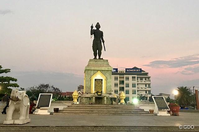 ラオスの首都ビエンチャン。想像していたよりも静かな町でした