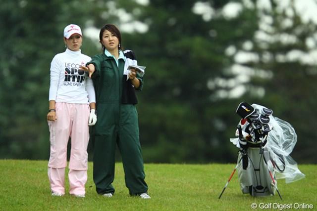 2009年 日本女子オープン 2日目 竹村真琴 「美し過ぎる姉妹」ですね。