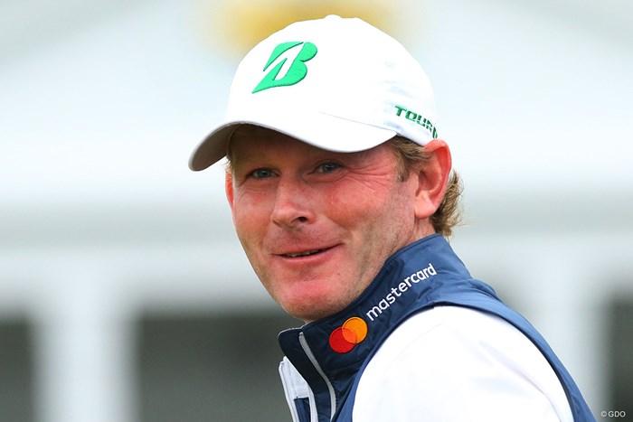 ブリヂストンゴルフはキャップにさりげなく。「B」などの文字を明るいグリーンに仕上げました 2017年 マスターズ 事前 ブラント・スネデカー