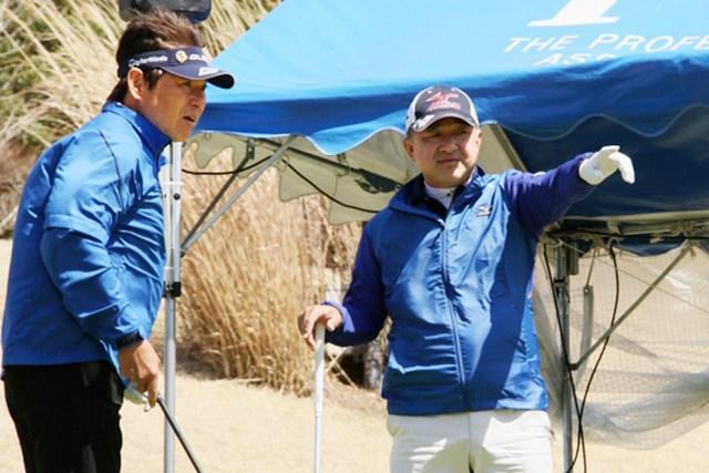 ジャンボ軍団の先輩、後輩で練習ラウンド※画像提供:日本プロゴルフ協会