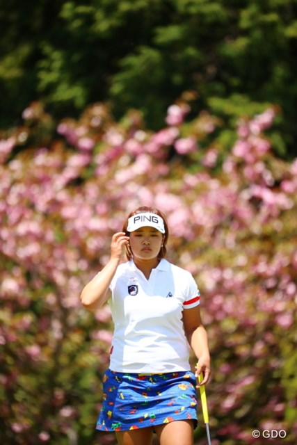 2017年 サイバーエージェント レディスゴルフトーナメント 2日目 鈴木愛 気がつけばトップに並ぶ健闘ぶり。