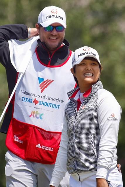 キャディとの信頼関係から決断した一打で勝利をもぎ取った (Ray Carlin/Fort Worth Star-Telegram/TNS via Getty Images)
