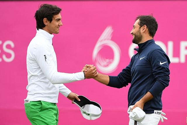 2017年 ゴルフシックス 初日 アレクサンダー・レビ マッテオ・マナッセロ フランスとイタリアは引き分け。いずれも決勝Tに進出した(Ross Kinnaird/Getty Images)