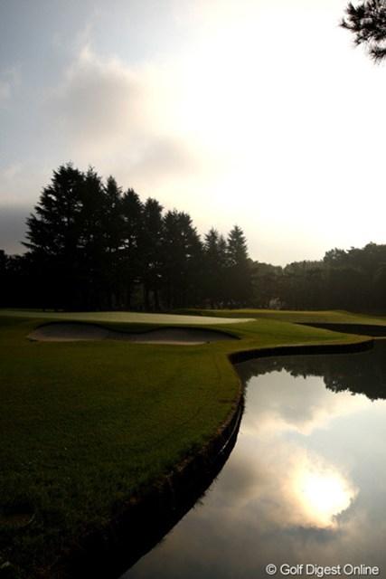 2009年 日本オープンゴルフ選手権競技 初日 コース 名門武蔵CC豊岡コースは、幻想的な雰囲気のコースです