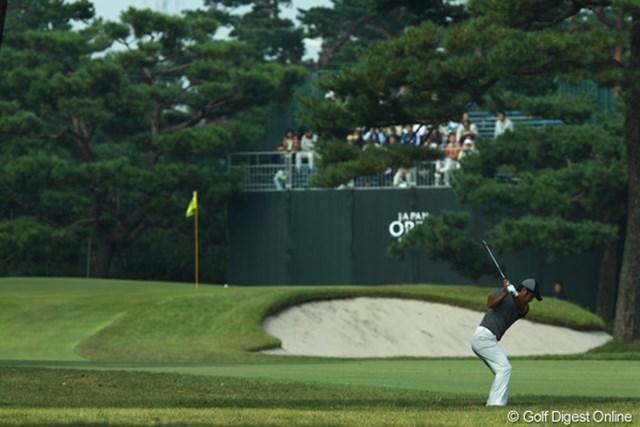 2009年 日本オープンゴルフ選手権競技 初日 コース 深いラフに入れない、アゴの高いバンカーに入れない、松の木が邪魔にならないところに打つ、小さな砲台グリーンにきちんと乗せる・・・さすがにメジャーは考える事が多過ぎます