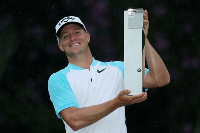 最終日の猛チャージで欧州ツアーのフラッグシップイベントを制したアレックス・ノレン(Getty Images/Warren Little) 2017年 BMW PGA選手権 最終日 アレックス・ノレン