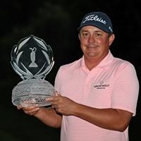 ジェイソン・ダフナーが通算5勝目を遂げた(Chris Condon/PGA TOUR/Getty Images) 2017年 ザ・メモリアルトーナメント 最終日 ジェイソン・ダフナー