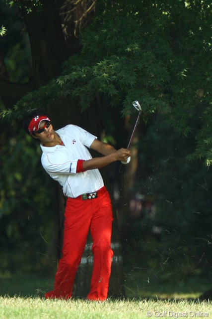 2009年 日本オープンゴルフ選手権競技 最終日 石川遼4番ホール 「まずは確実に脱出。ってまたラフ行っちゃったよ!」
