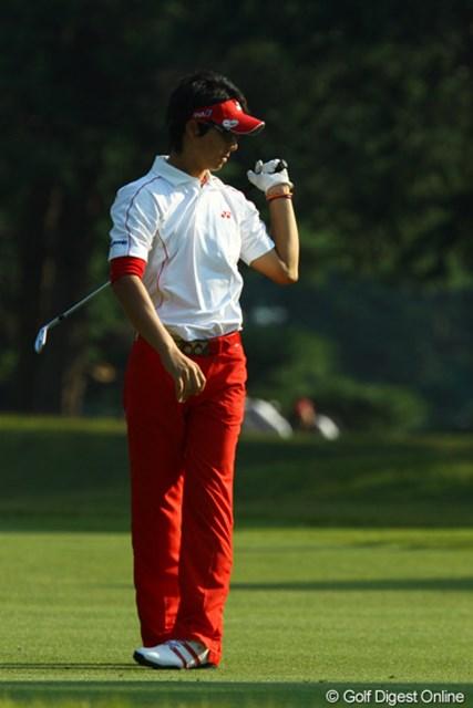 2009年 日本オープンゴルフ選手権競技 最終日 石川遼13番セカンドショット 「俺の飛距離ならアイアンで2オンできるロングホールなのに・・・」