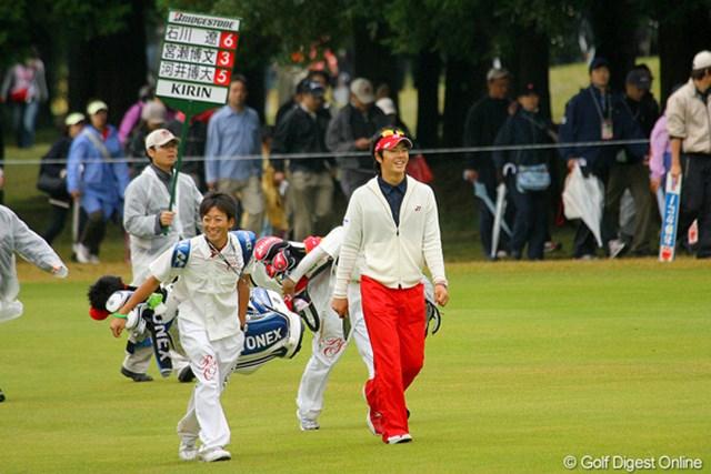 改良中のスイングがようやく結果につながり、笑顔も多く見られた石川遼