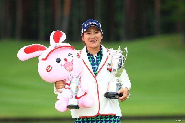 成田美寿々が逃げ切り、2季ぶりとなる8勝目を挙げた
